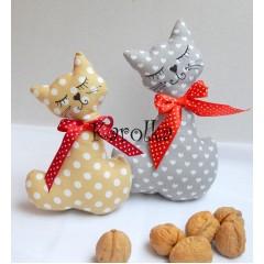 dekorácia - mačička Mina a Ina