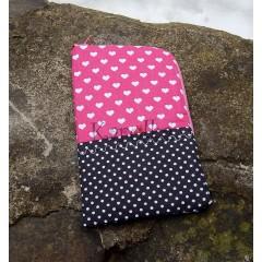Obal na mobil - Ružové srdce
